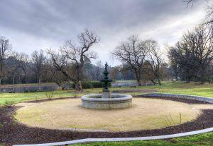 Botanical Gardens - Fountain