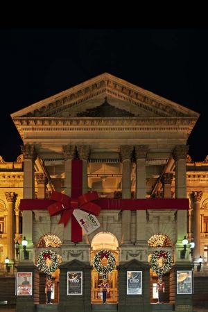 Christmas at MelbourneTown Hall, Australia 2011