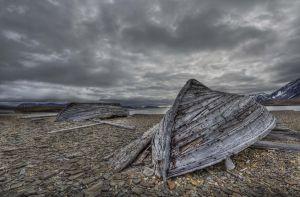 WhalersboatsSpitzbergen.jpg
