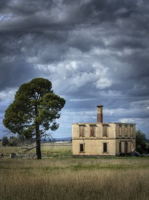 Deserted Country Estate, Talbot, Victoria, Australia 2011